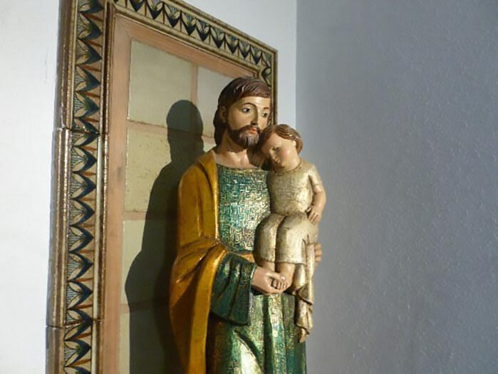Imagen de san José del hogar de León